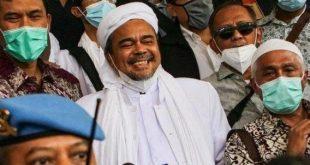 Habib Rizieq saat tiba di Mapolda Metro Jaya