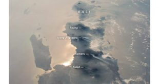 Hasil Foto Lanskap Alam Indonesia oleh NASA