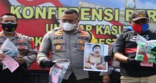 Kapolrestabes Surabaya Kombes Pol Johnny Eddison Isir merilis kasus penangkapan narkoba salah satunya ditembak mati.