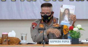 Naftali Tipagau alias Niel Tipagau alias Nataniel Tipagau merupakan anggota KNPB Intan Jaya sekaligus jaringan pencari senjata api dan amunisi untuk KKB Intan Jaya