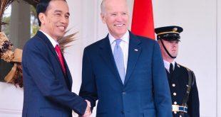 Presiden Indonesia Joko Widodo bersalaman dengan Presiden Amerika Serikat yang baru Joe Biden .ist