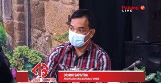 Rektor UMSB, Dr Riki Saputra